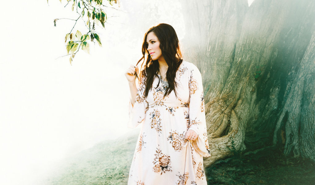 Kari Jobe - Let Your Glory Fall - ZonaVertical