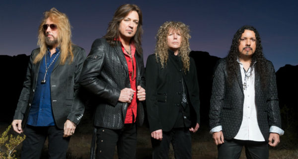 Stryper - God Damn Evil - ZonaVertical.com
