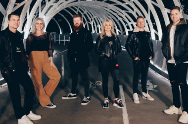 Planetshakers Glory - ZonaVertical.com